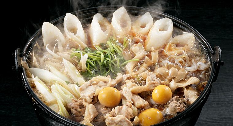 きりたんぽ鍋といえば、現在は醤油仕立てが普通です